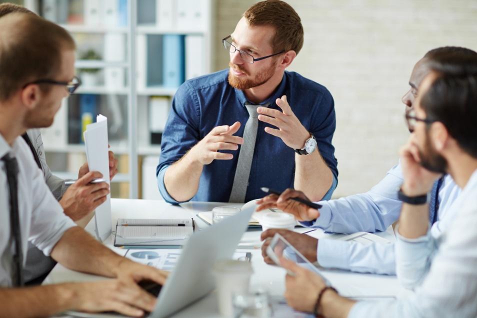 Guia sobre diferentes tipos de consultores de negócios
